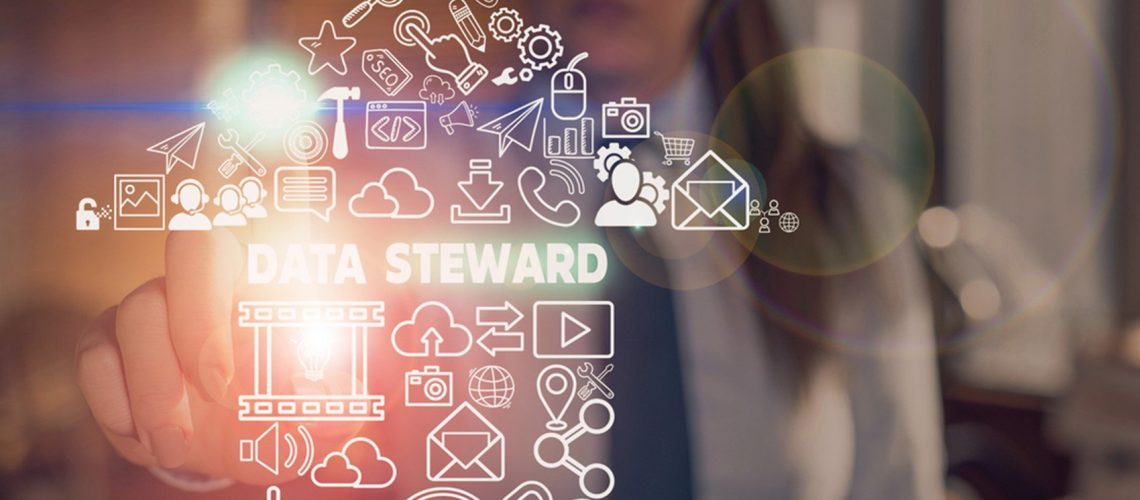 data steward with arrow